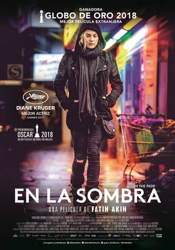"Poster for the movie ""En la sombra"""